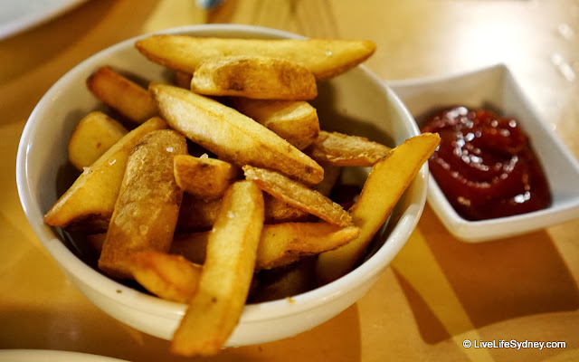 Mumu Grill chips