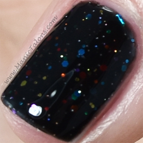 KBShimmer Dark and Twisty Closeup