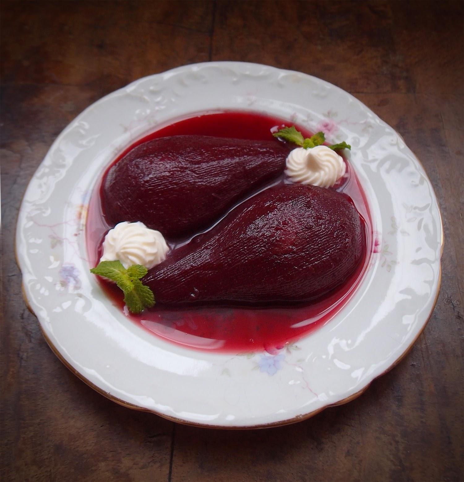 Çikolata Soslu Armut Tatlısı Tarifi