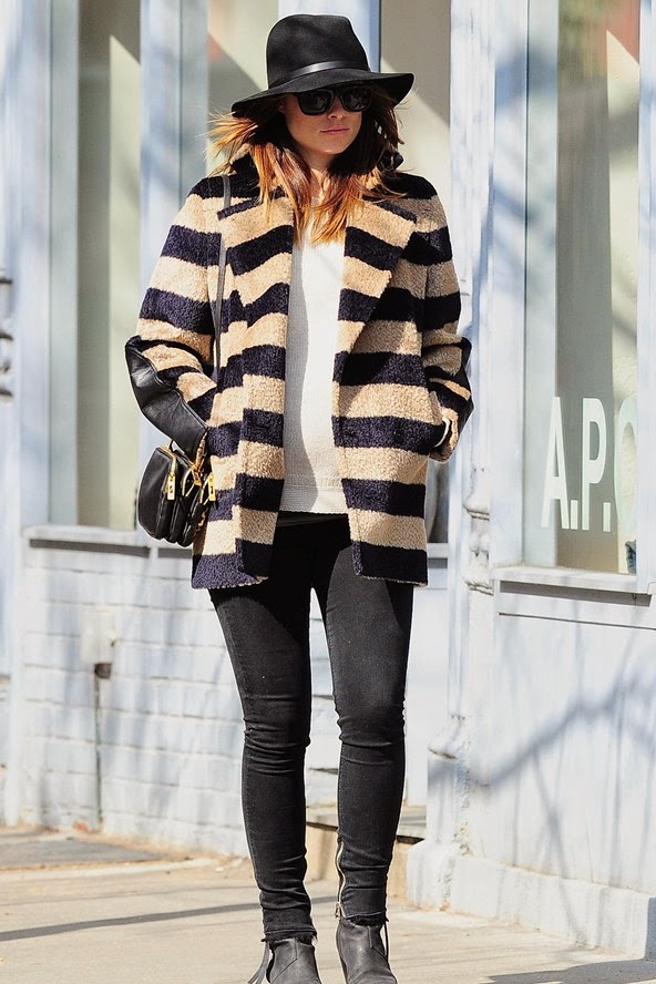 Alluring Winter Street style FashionAlluring Winter Street style Fashion