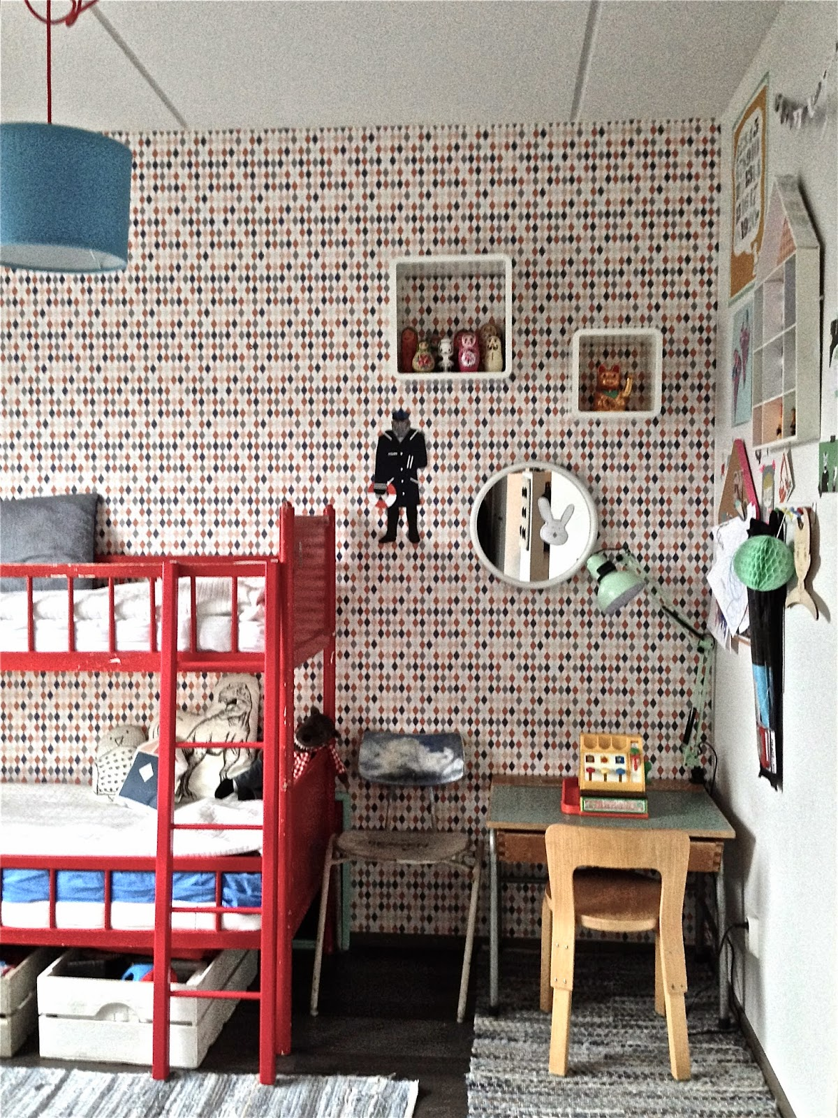 Barnrum, Kidsroom, Childrens room, Ferm Living, tapet,  wallpaper, Niemen tehtaat, våningssäng,  bunkbed, Aarrekid,