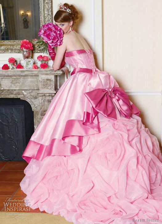 La ragazza con il cerchietto rosa officina profumo for Officina profumo farmaceutica di santa maria novella listino prezzi