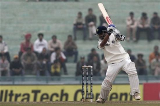 my favourite cricket player rahul dravid Greatest indian cricket players  5 rahul dravid doing many impossible games possible  he is my favourite player.