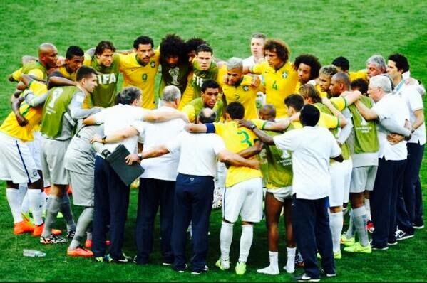 "FÚTBOL Mundial Brasil 2014 -- Brasil 1-1 Chile. ""Los penaltis fueron muy crueles con Chile"""