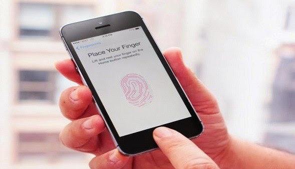 أصدار iOS 8.3  يواجه مشكله فى خاصية TouchID