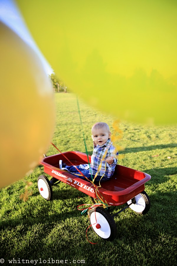 one year old photos, balloons, family photography, arkansas children's photographer