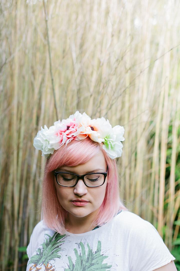 rose gold makeup, oversized flower crown, Edinburgh Bloggers, soft pink, natural daylight photography,Miss West End Girl, plus size blogger,