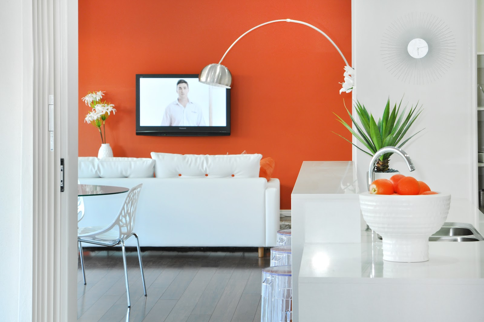 The wonderful world of windemere the feature wall comeback - Burnt orange feature wall living room ...