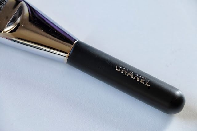 Chanel no. 2 Angled Powder Brush
