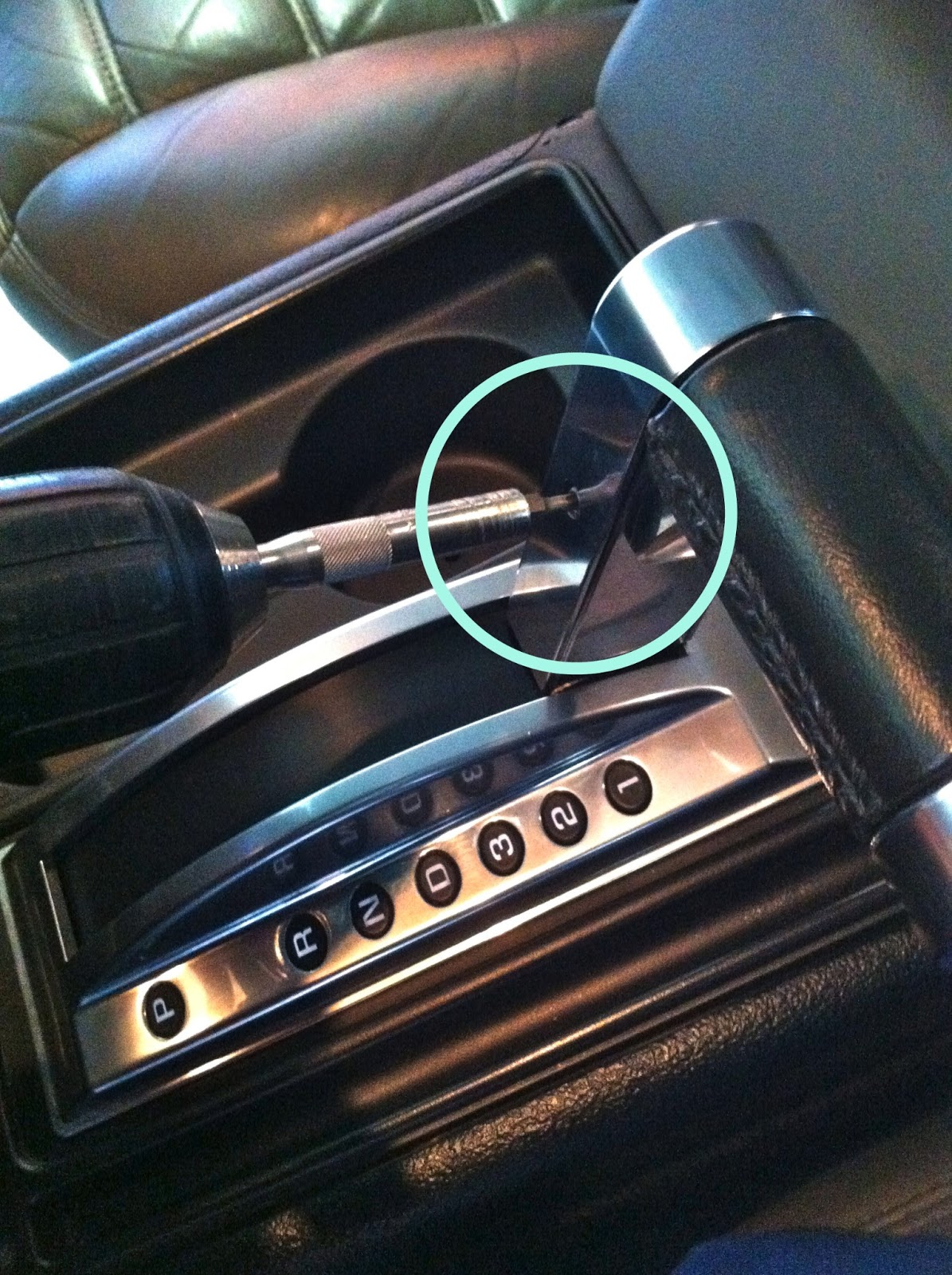 car audio tips tricks and how to s hummer h2 stereo removal you will first need to put the vehicle into 1st gear and remove the t15 torx from the shifter allowing you to lift up and remove the shifter out of the