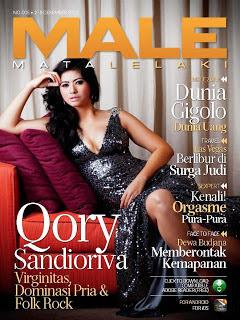 10 Artis Indonesia Pada Cover Majalah Dewasa - Pecahbanget.com