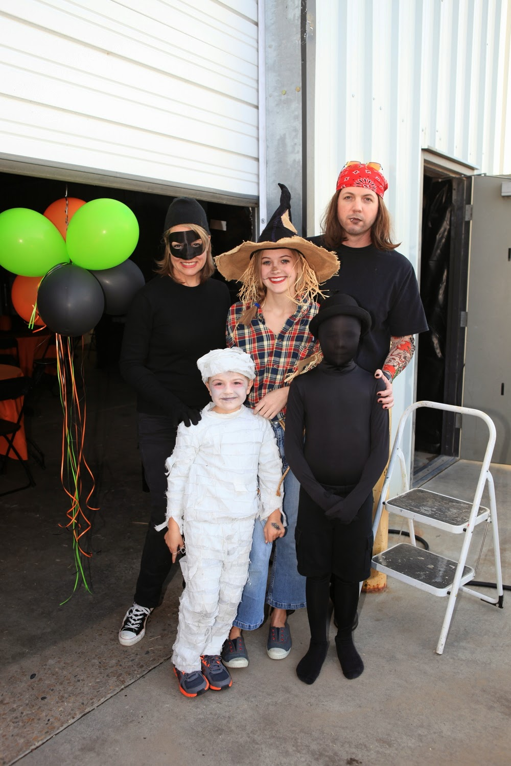 everything to entertain: Halloween Party