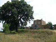 L'antiga casa dels ermitans de Sant Mateu