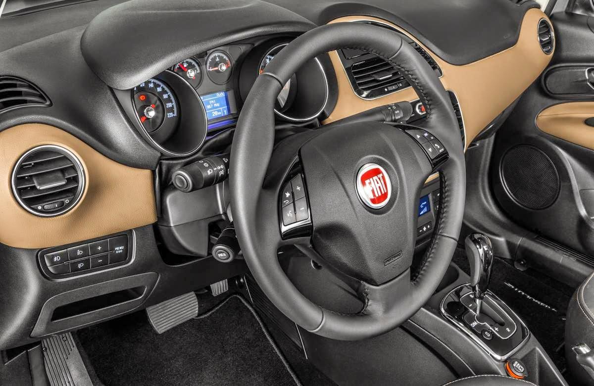 Novo Fiat Linea 2015 interior painel acabamento interno