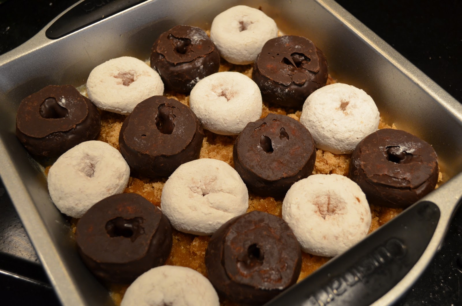 The Virtual Goody Plate: Doughnut Upside Down Cake