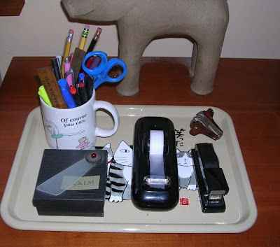tray with cats, in use in Jeri Dansky's home office