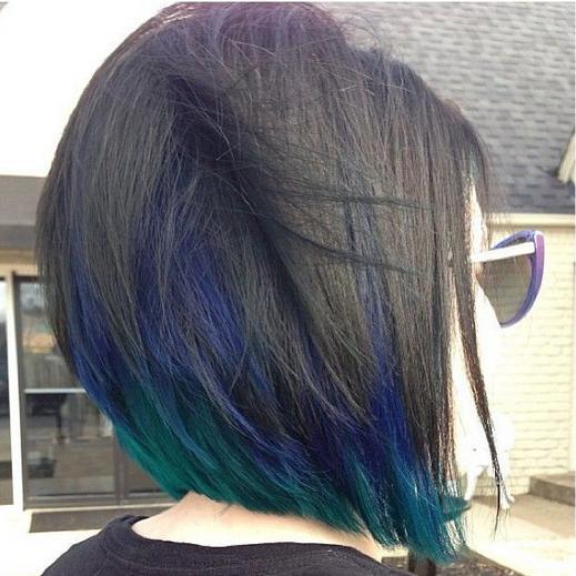 Warna rambut bob lurus unik