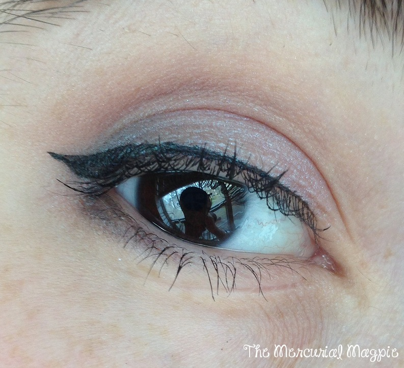 The Mercurial Magpie - Sweet Libertine Mineral Cosmetics - Eyeshadow Swatches & Review!