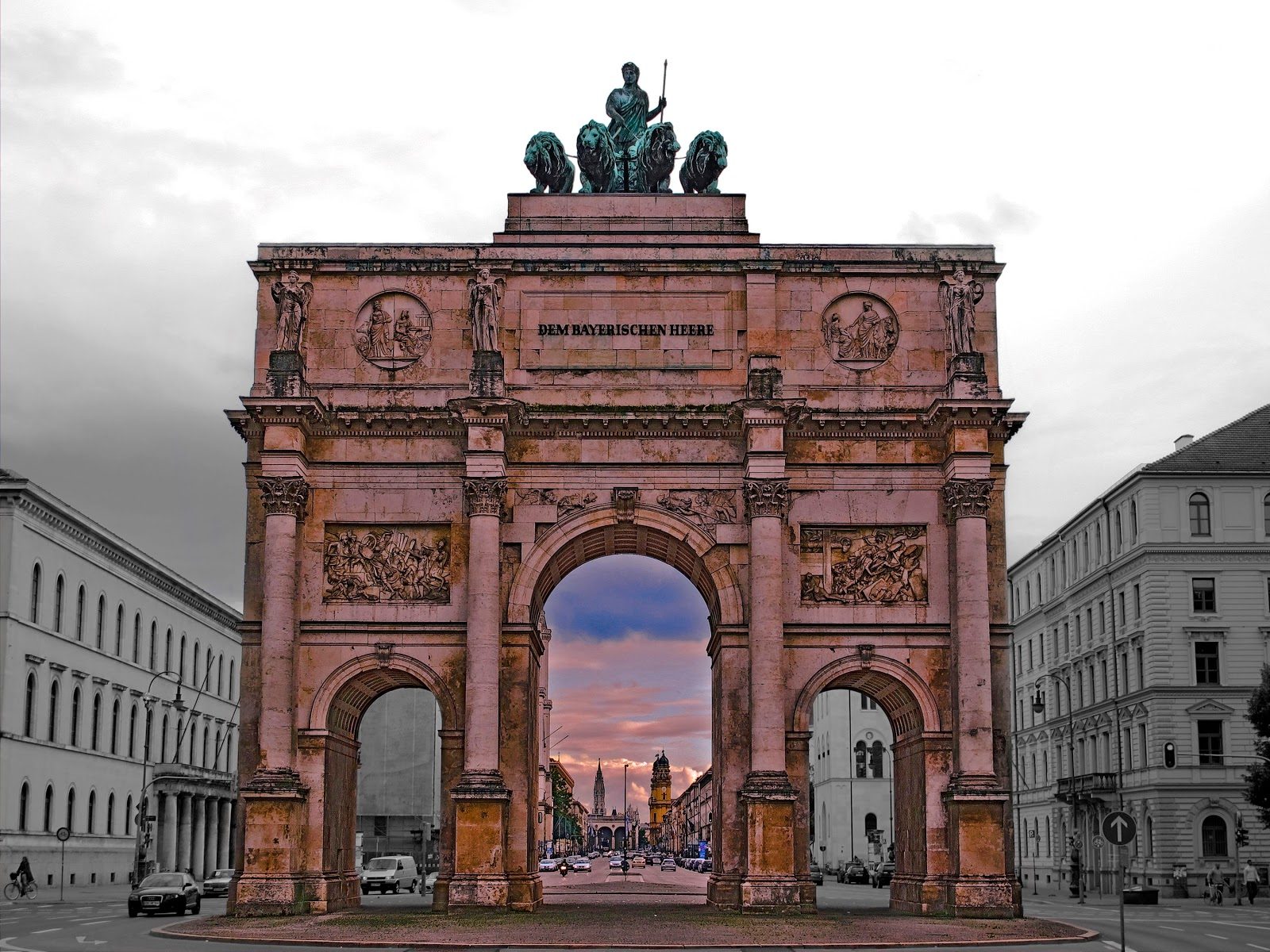 During World War II triumphal arch was destroyed. Lions have fallen and been broken for bombing during the war. Arch door of victory was only partially ...  sc 1 st  wonderful Tourism - Blogger.com & The door of victory Siegestor in Munich | wonderful Tourism