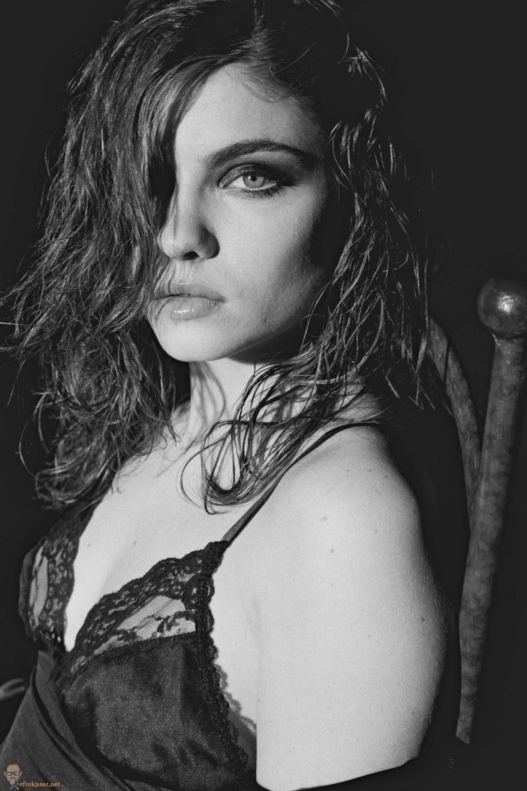 Viviane Victorette Nude Photos