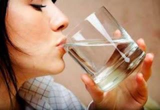 Manfaat Dahsyat Minum Air Putih Di Pagi Hari