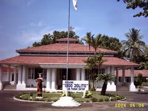 Gedung Indo Jolito Tanah Datar Sumatera Barat