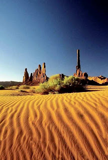 Monument Valley National Park Arizona-Utah (Best Honeymoon Destinations In USA) 8