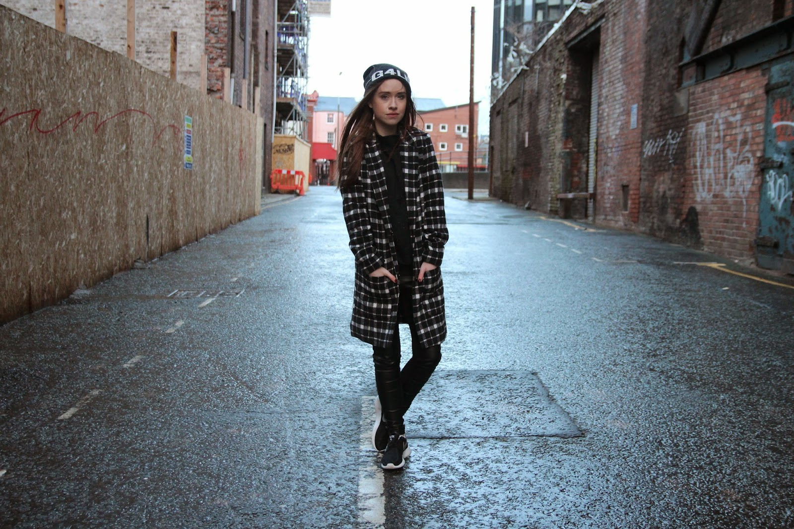 street style, urban style, nike, monochrome, blogger, fashion blogger, liverpool,