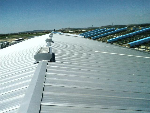 Instaladores chapa trapezoidal y panel montadores de for Estructuras metalicas para tejados