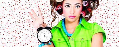 chica con reloj trucos de maquillaje