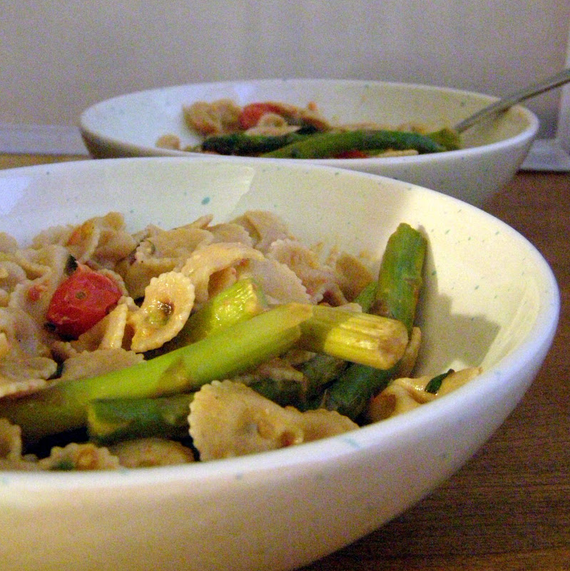 The Growing Foodie: Weeknight Dinner: Tomato and Asparagus ...