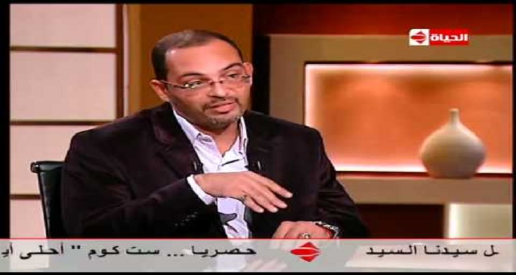 فلكي مصري مشهور يستدعى روح أنور السادات على الهواء و يتخاطب معه في المباشر