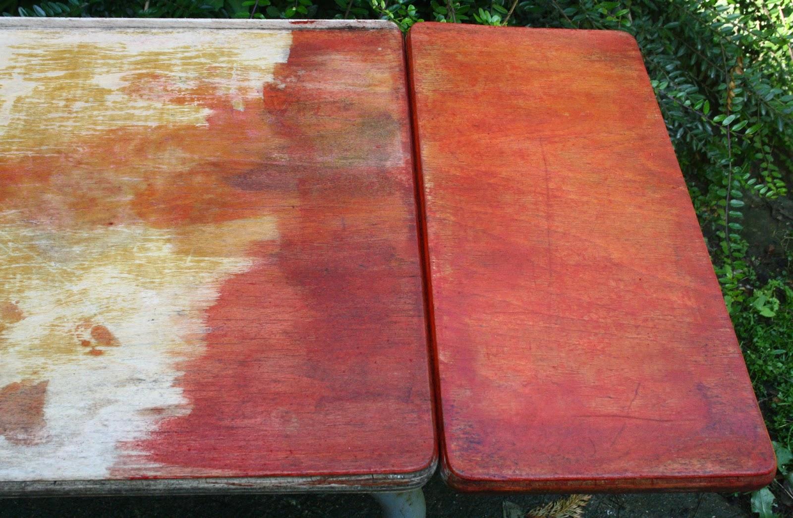 D caper un meuble en bois avec un gel fait maison for Decaper une table de jardin en bois