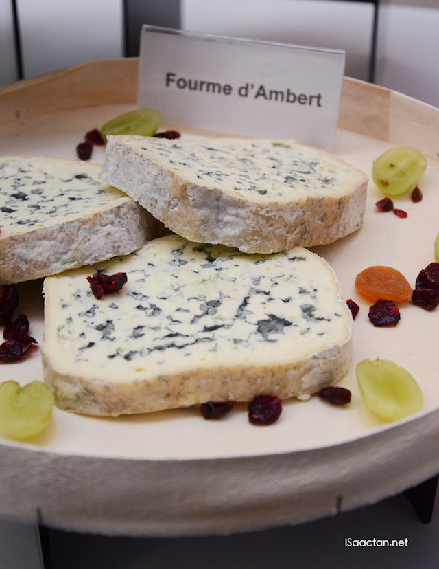 Fourme d'Ambert – a mild blue cheese with a creamy, fruity flavour