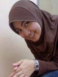 ceweek jilbab toket gak tahan klik gambar
