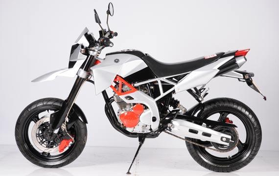 Jual Motor Yamaha Scorpio Modif