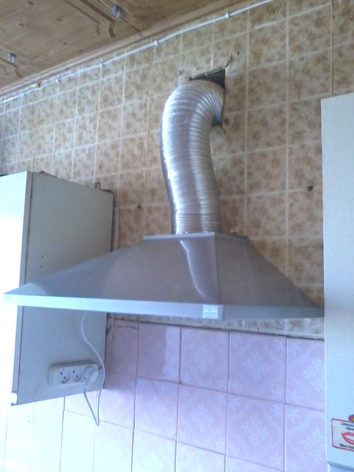Вытяжки кухонные установка своими руками 62
