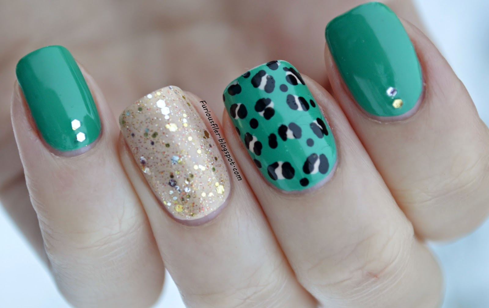 green gold glitter party leopard print nail art
