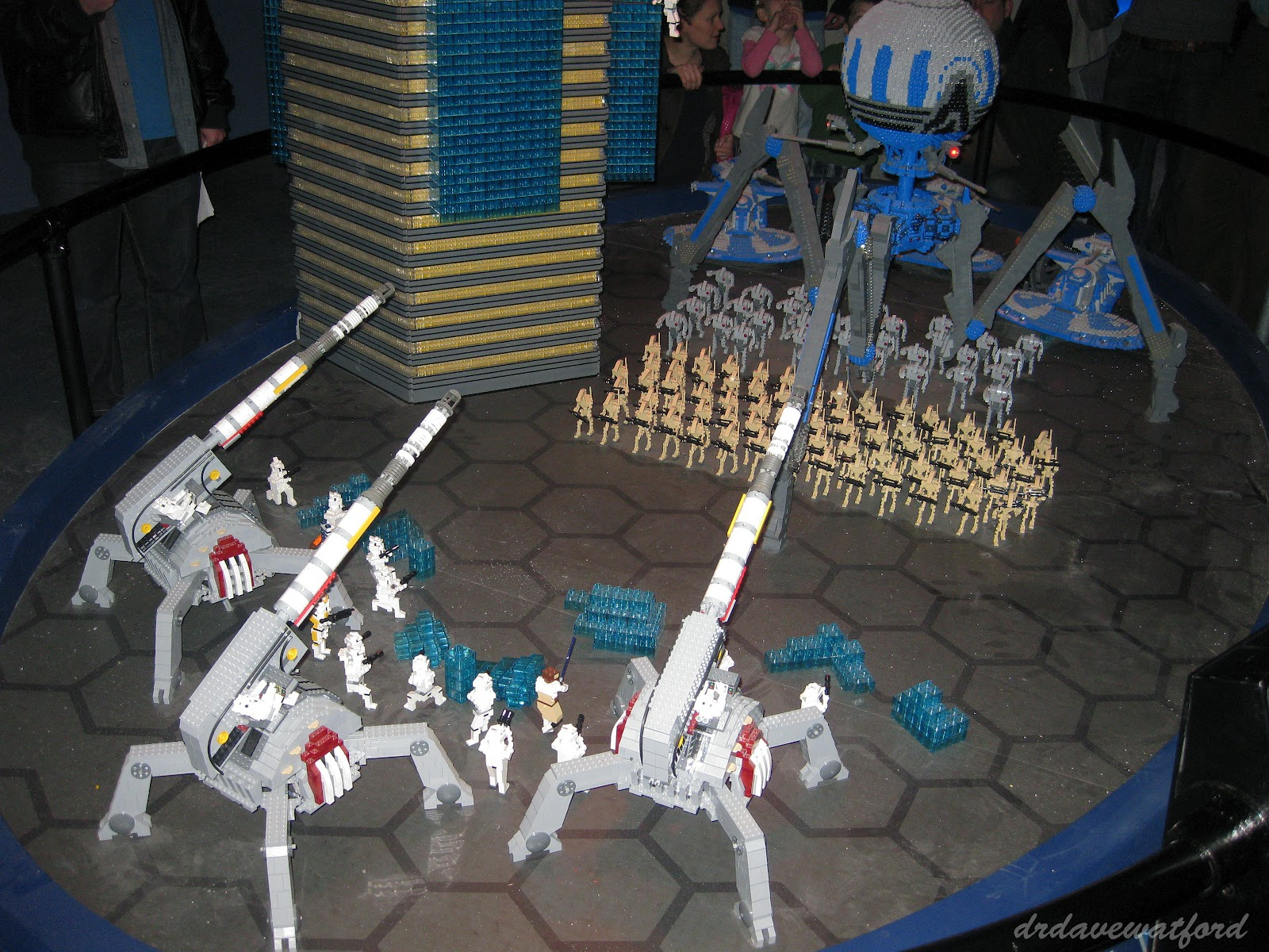 Gimme lego march 2012 - Lego star wars base droide ...