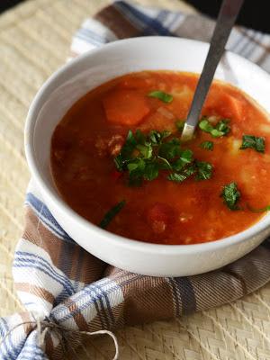 zpa z soczewicy z pomidorami, zupa pomidorowa, zupa z soczewicą