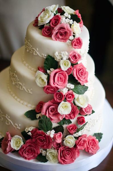 Весільні торти 40 фото