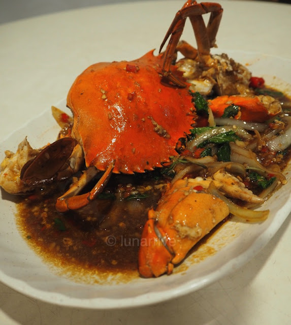Spicy Thai Thai Cafe Basil Black Pepper Crab Food Review Lunarrive Singapore Lifestyle Blog