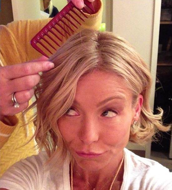 ... HAIR: KELLY RIPA returned from vacation rocking a new bob hairdo