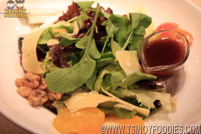 momo gourmet salad