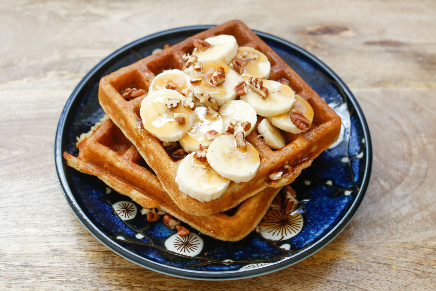 Banana Waffles (traditional and gluten free recipes included) - by ...