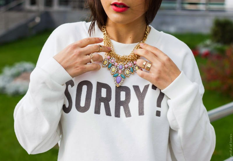 sorry sweatshirt, zara, pastel necklace