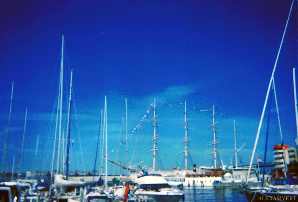 aliciasivert, alicia sivertsson, gothenburg, göteborg, bruce springsteen concert, analog, engångskamera, konsert, boats, båtar, kaj, hamn, harbour