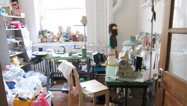 Fabric mart fabricistas inspiration more sewing room jealousy - Small space sewing area style ...