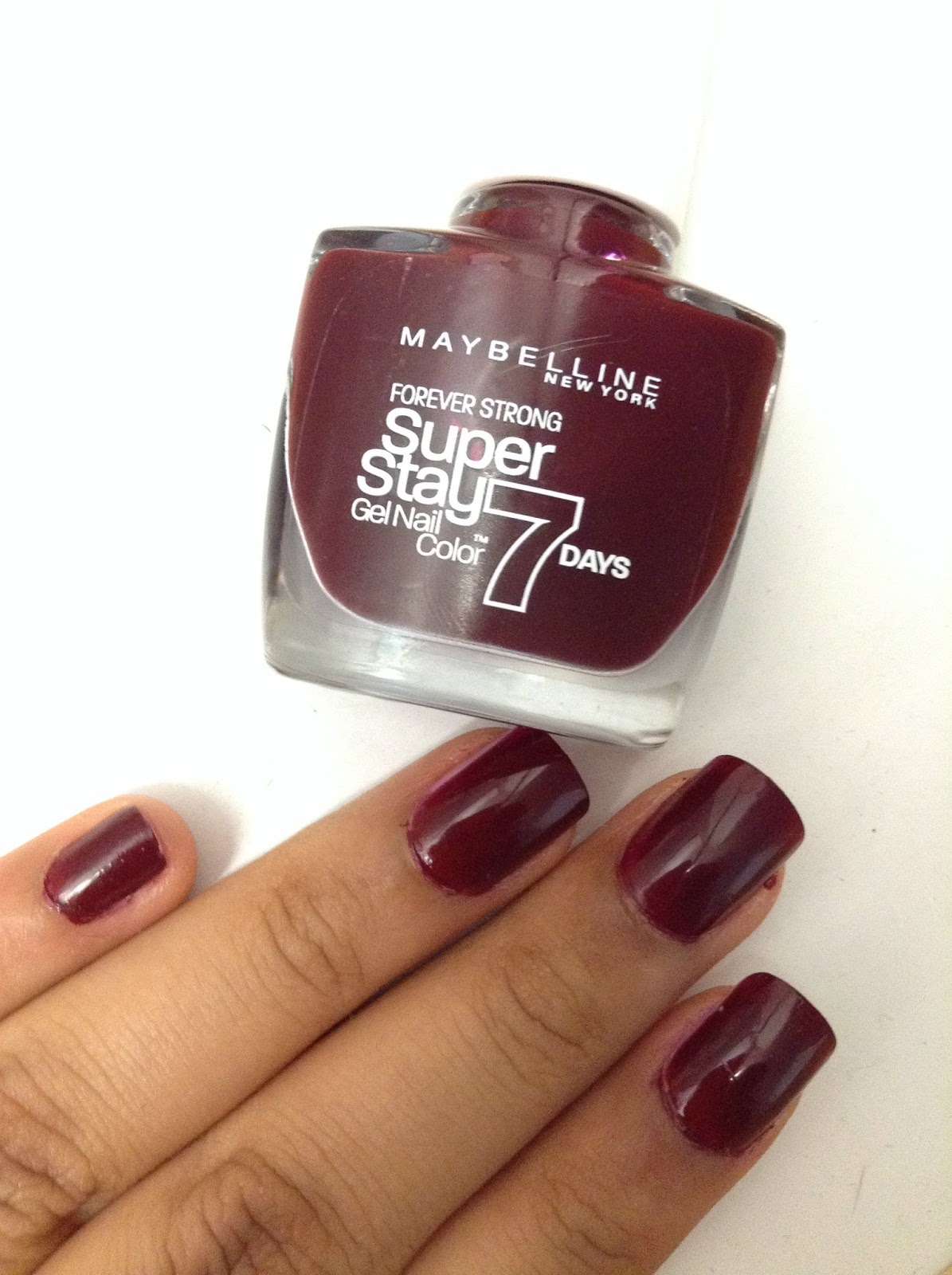 Maybelline Midnight Red - Class & Glitter