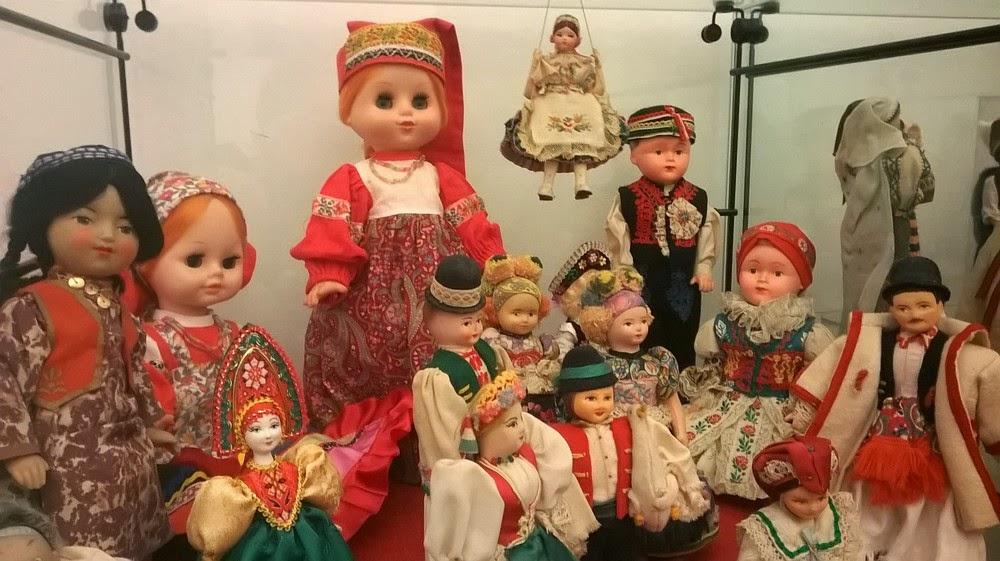 Camere Oscure Cuneo : Blog val bb: dalle poupÉes alle bambole lenci